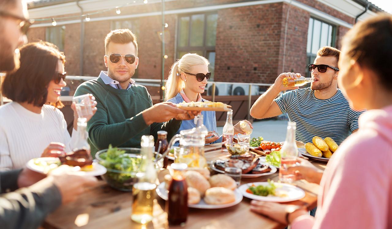 Hospitality, leisure & tourism